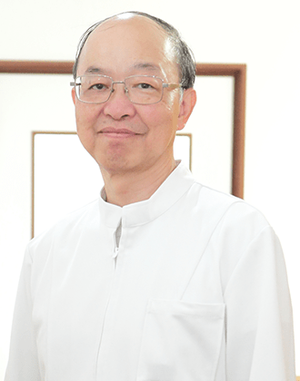 西藤 隆弘(にしふじ たかひろ) 副院長 写真